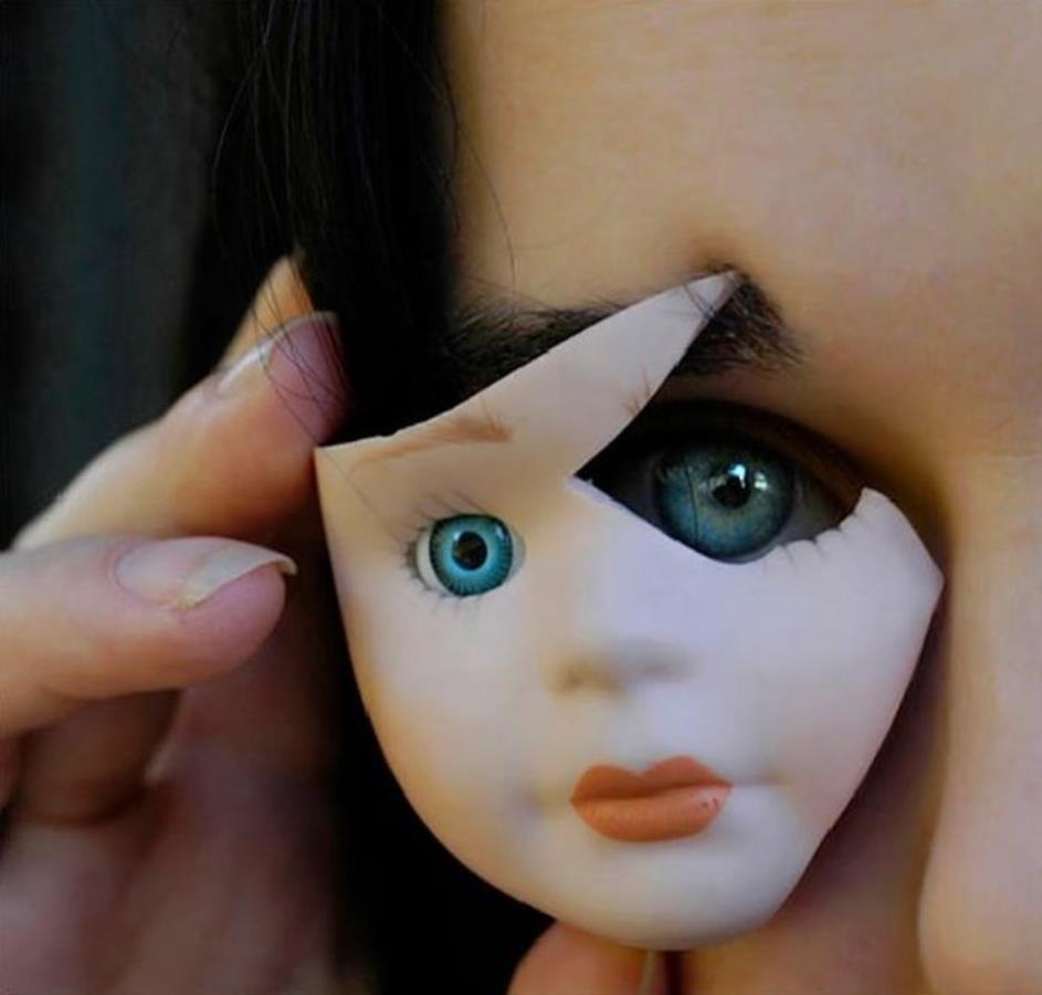 мне картинки сломанной куклы красноярске продолжается